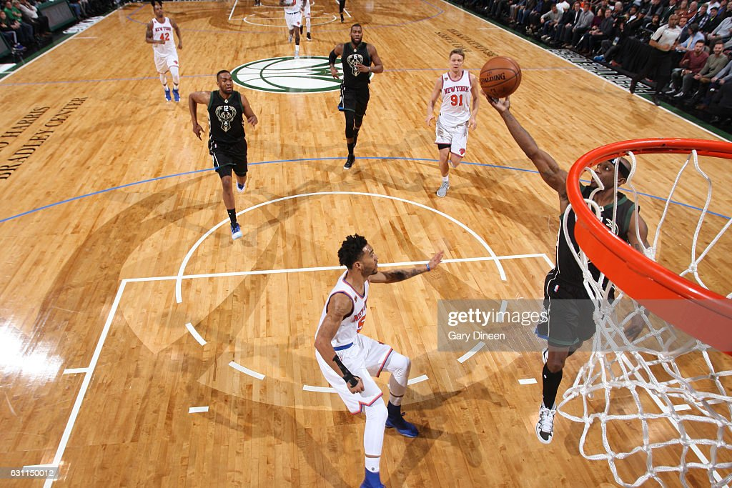 New York Knicks v Milwaukee Bucks