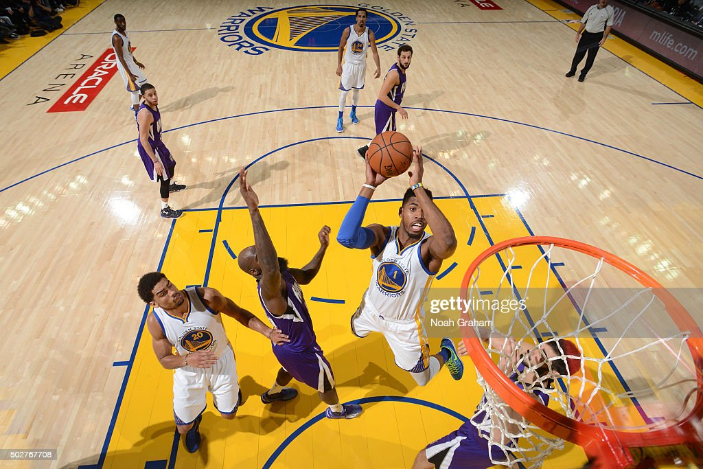 Sacramento Kings v Golden State Warriors
