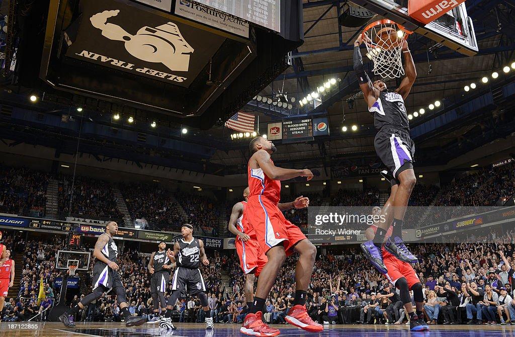 Jason Thompson #34 of the Sacramento Kings dunks the ball against the Los Angeles Clippers on November 1, 2013 at Sleep Train Arena in Sacramento, California.