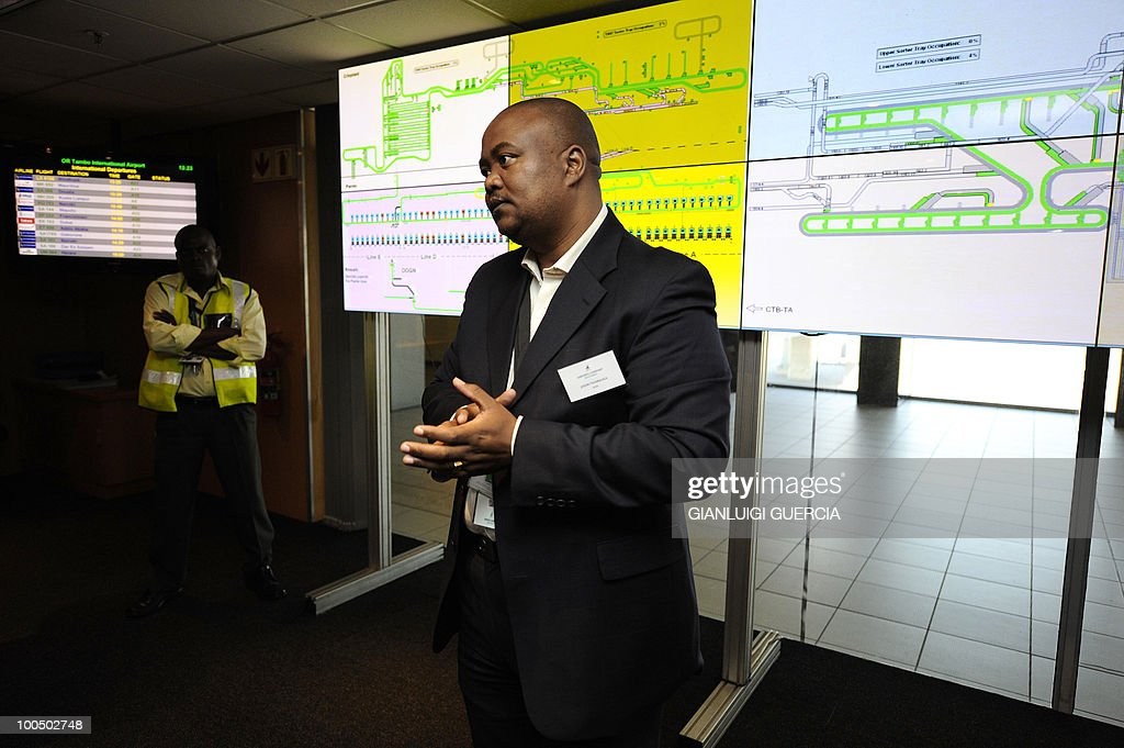 Jason Tshabalala, ACSA(Airport Company South of Africa), head of security, explains the luggage handling in the baggage Control Room, on May 25, 2010 at the O.R. Tambo International Airport in Johannesburg, South Africa. South Africa will host the FIFA World Cup 2010 from June 11th to July 11th.