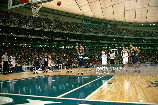 Jason Williams of the Sacramento Kings shoots freethrows against the Minnesota Timberwolves during the 1999 Japan Games at the Tokyo Dome in Tokyo...