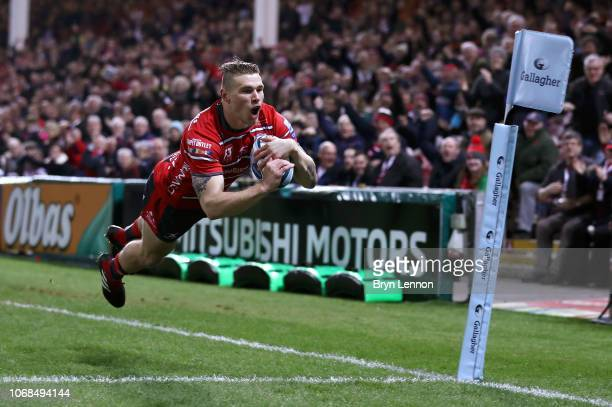 Jason Woodward of Gloucester dives in to score a first half try during the Gallagher Premiership Rugby match between Gloucester Rugby and Leicester...