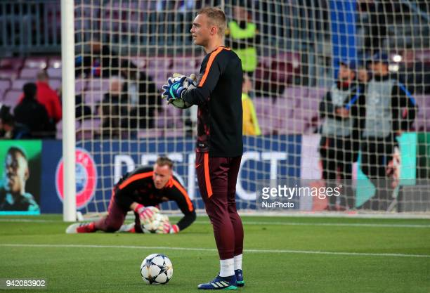 Jasper Cillessen and Marc Andre Ter Stegen during the match between FC Barcelona and AS Roma for the first leg of the 1/4 final of the UEFA Champions...