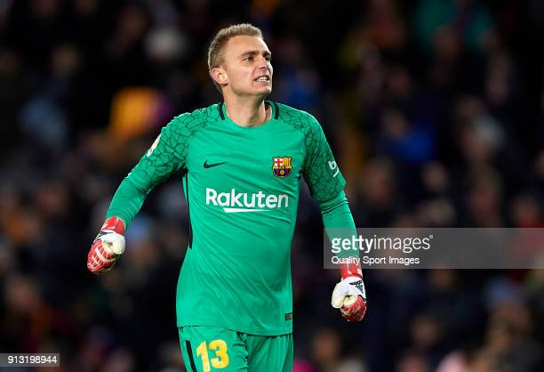 Jasper Cillessen of Barcelona reacts during the Copa del Rey semifinal first leg match between FC Barcelona and Valencia CF at Camp Nou on February 1...