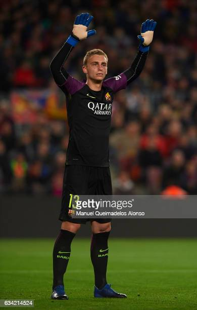 Jasper Cillessen of Barcelona reacts during the Copa del Rey semifinal second leg match between FC Barcelona and Atletico de Madrid at Camp Nou on...