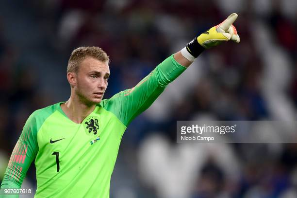 Jasper Cillessen of Netherlands gestures during the International Friendly football match between Italy and Netherlands The match ended in a 11 tie