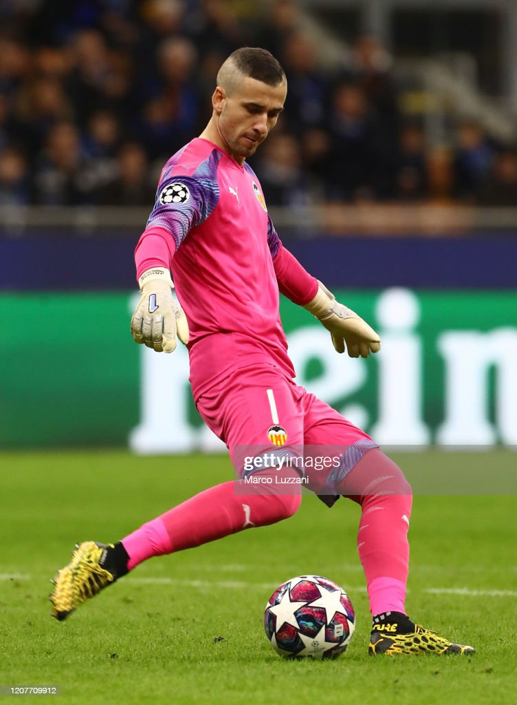 Jaume Domenech Of Valencia Cf In Action During The Uefa Champions News Photo Getty Images