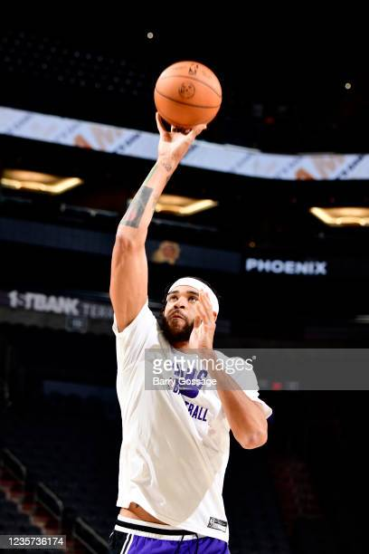 JaVale McGee of the Phoenix Suns drives to the basket before the game against the Los Angeles Lakers during a preseason game on October 6, 2021 at...