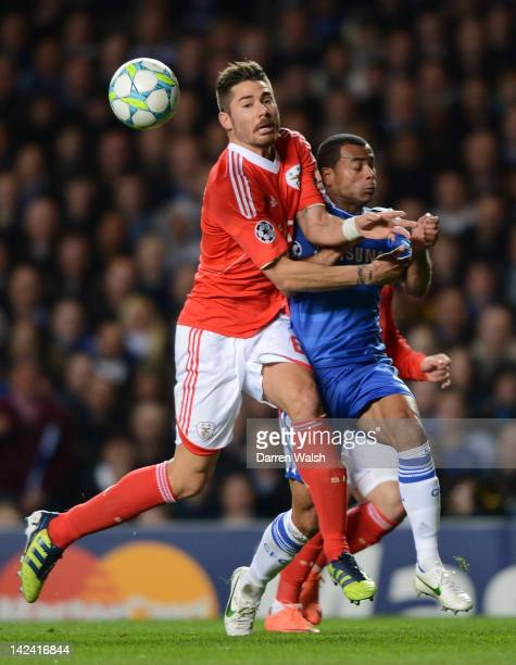 Javi García of Benfica clashes with Ashley Cole of Chelsea during the UEFA Champions League Quarter Final second leg match between Chelsea FC and SL...