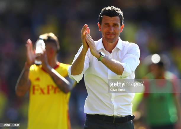 Javi Gracia Manager of Watford shows appreciation to the fans after the Premier League match between Watford and Newcastle United at Vicarage Road on...