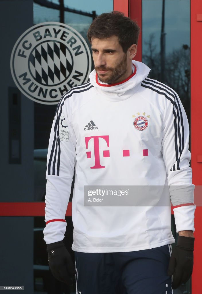 Javi Martinez of FC Bayern Muenchen arrives for a training session at the club's Saebener Strasse training ground on January 10, 2018 in Munich, Germany.