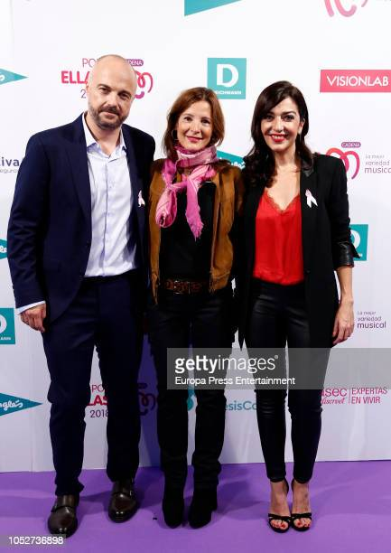 Javi Nieves and Mar Amate during the Cadena 100 'Por ellas' Photocall at Wizink Center on October 20 2018 in Madrid Spain