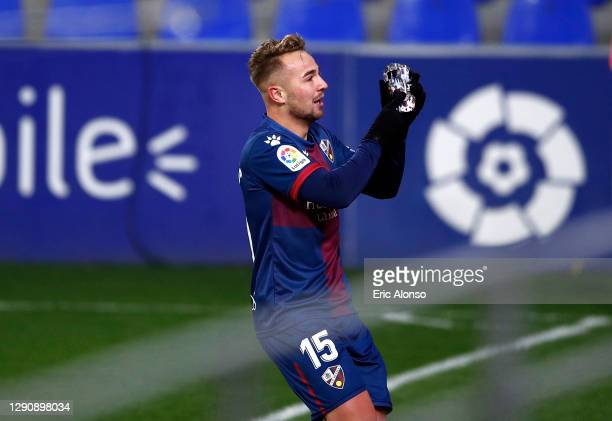 Javi Ontiveros of SD Huesca celebrates after scoring their team's first goal during the La Liga Santander match between SD Huesca and Deportivo...