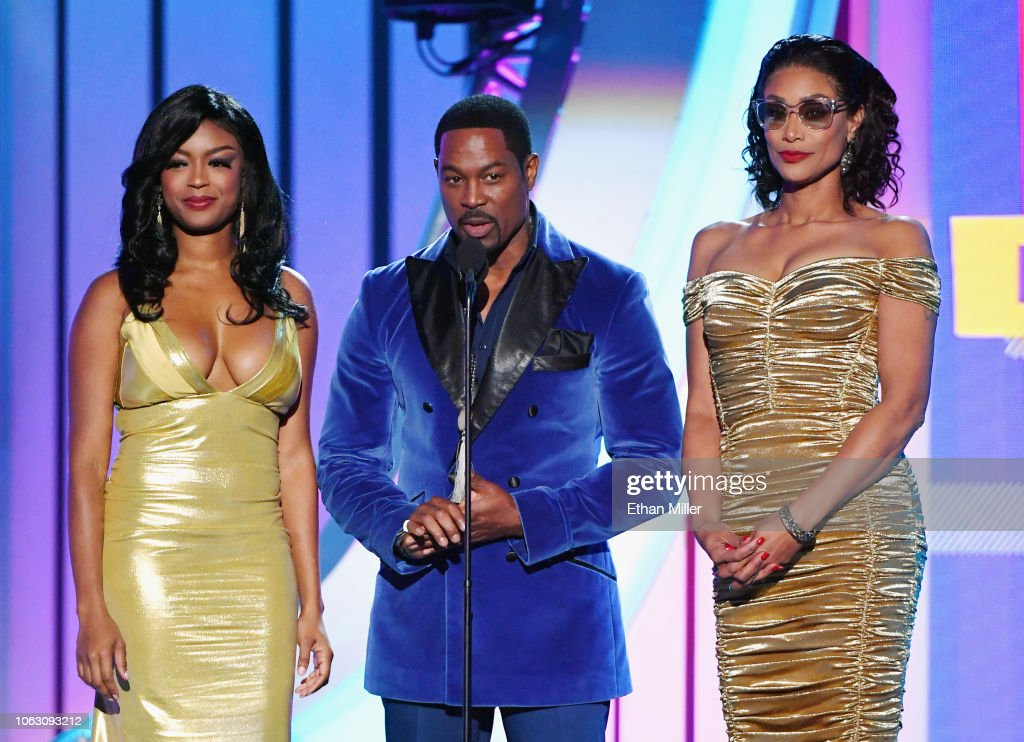 Javicia Leslie, Darrin Henson and Tami Roman present the
