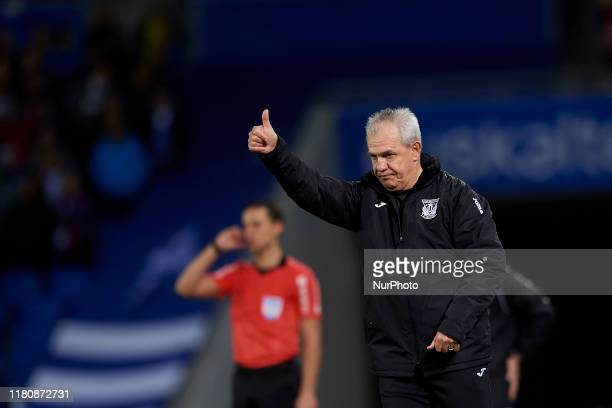 Javier Aguirre head coach of Leganes gives instructions during the Liga match between Real Sociedad and CD Leganes at Estadio Anoeta on November 10,...