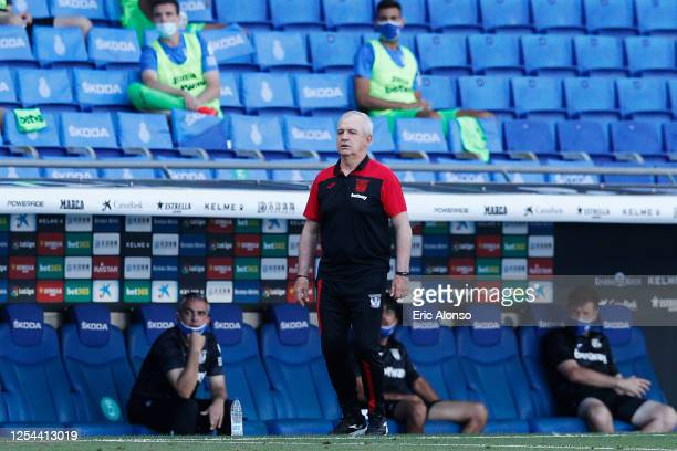 Javier Aguirre looks the action during the Liga match between RCD Espanyol and CD Leganes at RCDE Stadium on July 05 2020 in Barcelona Spain