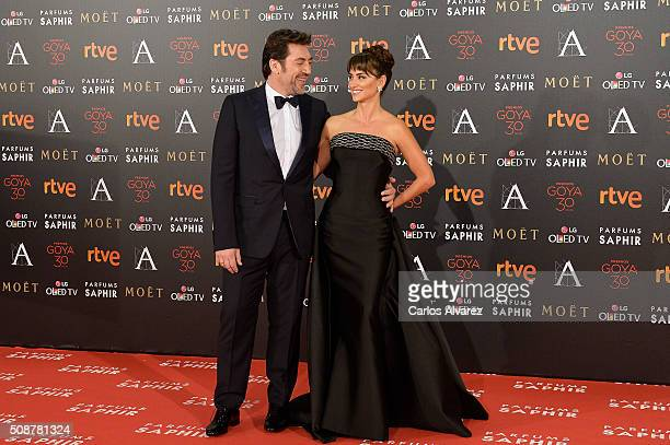 Javier Bardem and wife Penelope Cruz attend Goya Cinema Awards 2016 at Madrid Marriott Auditorium on February 6 2016 in Madrid Spain