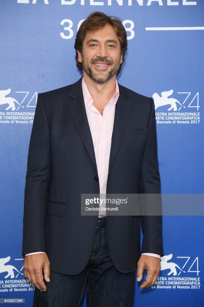 Loving Pablo Photocall - 74th Venice Film Festival