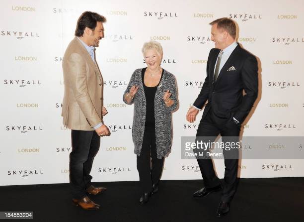 Javier Bardem, Dame Judi Dench and Daniel Craig attend a photocall for the new James Bond film 'Skyfall' at The Dorchester on October 22, 2012 in...