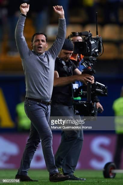 Javier Calleja Manager of Villarreal celebrates after the La Liga match between Villarreal and Real Madrid at Estadio de La Ceramica on May 19 2018...