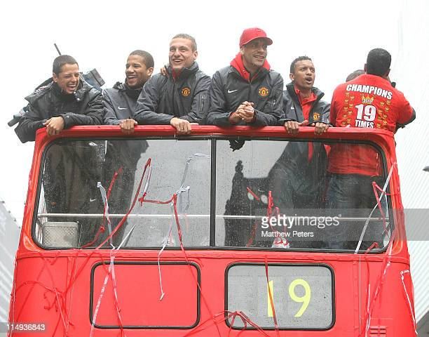 Javier 'Chicharito' Hernandez Bebe Nemanja Vidic Rio Ferdinand Nani and Patrice Evra of Manchester United poses with the Barclays Premier League...