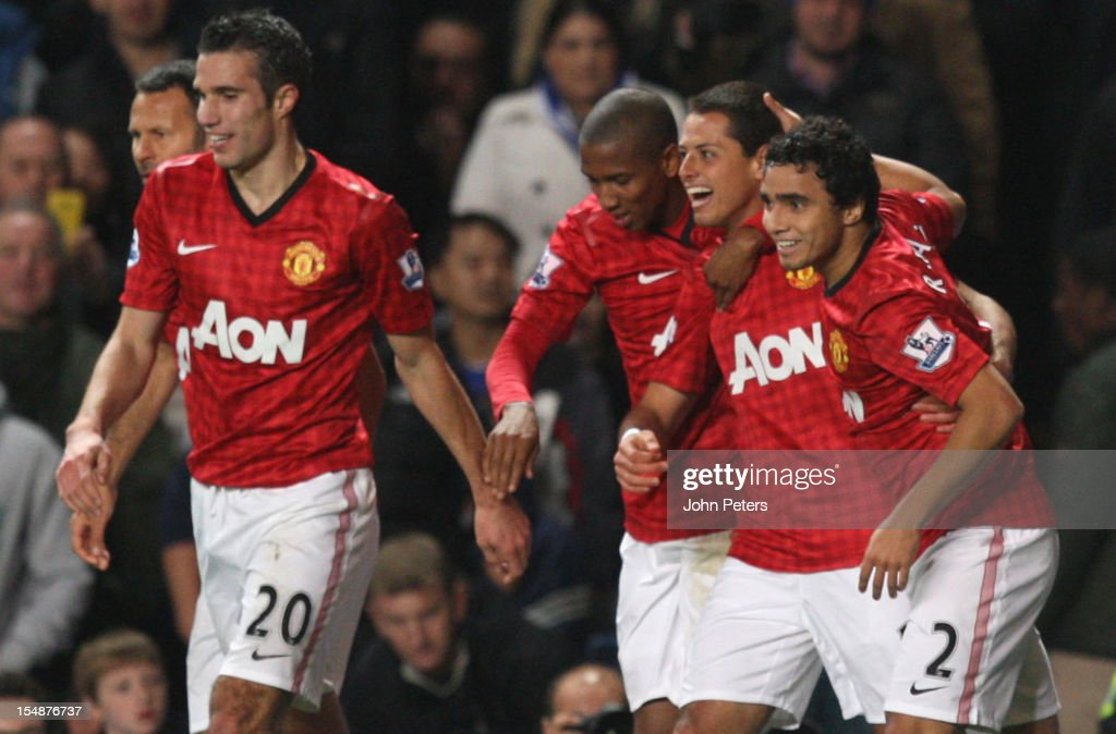 Javier 'Chicharito' Hernandez of Manchester United (2nd R) celebrates scoring their second goal during the Barclays Premier League match between Chelsea and Manchester United at Stamford Bridge on October 28, 2012 in London, England.