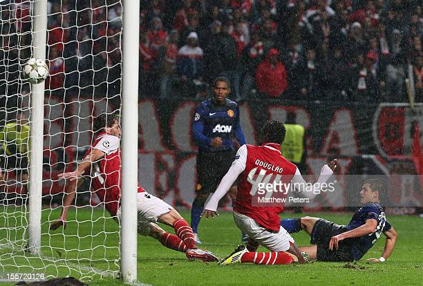"""Javier """"Chicharito"""" Hernandez of Manchester United scores their third goal during the UEFA Champions League Group H match between SC Braga and..."""