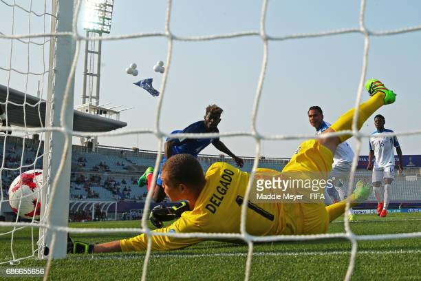 Javier Delgado of Honduras saves a shot from Jerome Onguene of France during the FIFA U20 World Cup Korea Republic 2017 group E match between France...