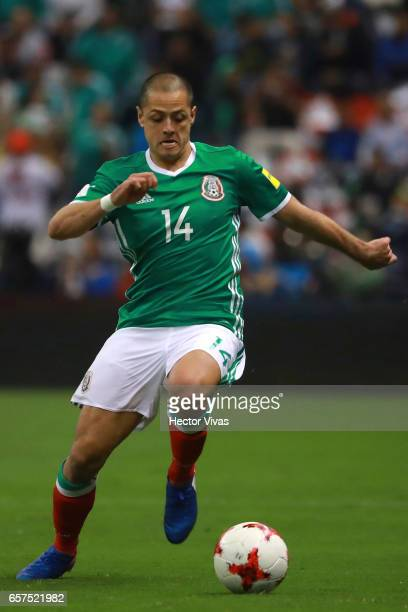 Javier Hernandez of Mexico drives the ball during the fifth round match between Mexico and Costa Rica as part of the FIFA 2018 World Cup Qualifiers...
