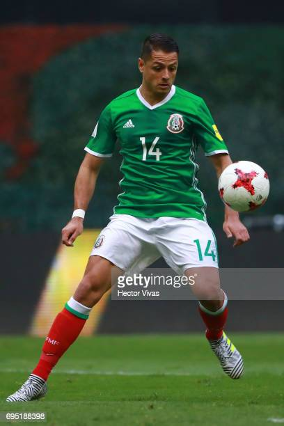 Javier Hernandez of Mexico drives the ball during the match between Mexico and The United States as part of the FIFA 2018 World Cup Qualifiers at...