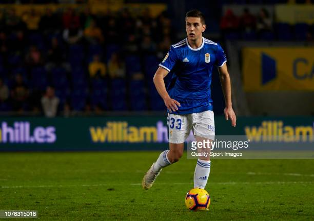 Javier Hernandez of Real Oviedo runs with the ball during the La Liga 123 match between UD Las Palmas and Oviedo at Estadio Gran Canaria on December...