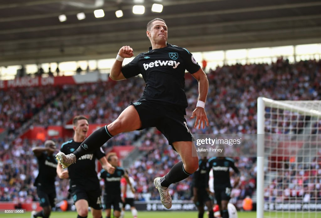 Javier Hernandez of West Ham United celebrates scoring his sides second goal during the Premier League match between Southampton and West Ham United at St Mary's Stadium on August 19, 2017 in Southampton, England.