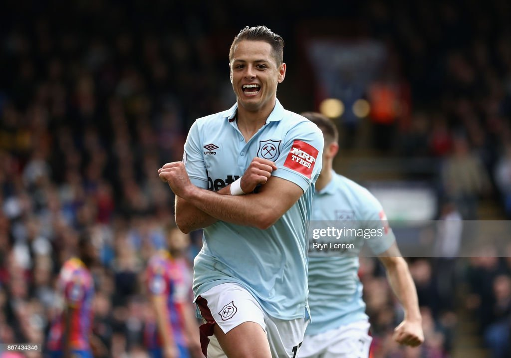 Javier Hernandez of West Ham United celebrates scoring his sides first goal during the Premier League match between Crystal Palace and West Ham United at Selhurst Park on October 28, 2017 in London, England.