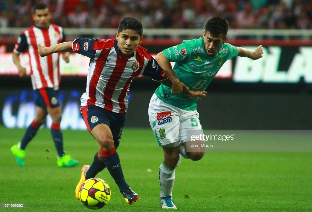 Chivas v Leon - Torneo Clausura 2017 Liga MX : News Photo