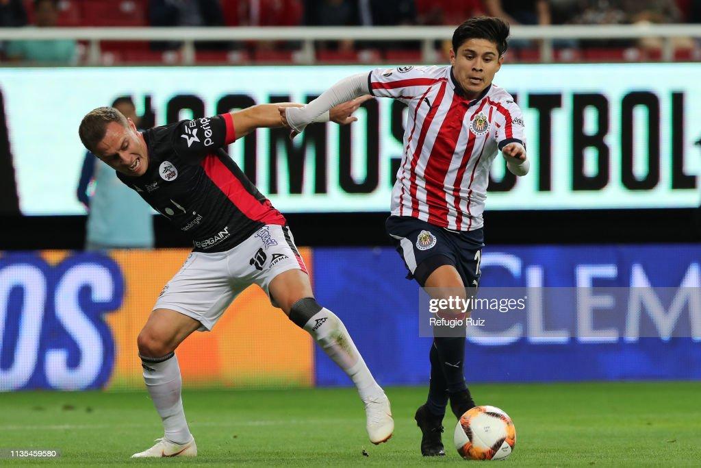 Chivas v Lobos BUAP - Torneo Clausura 2019 Liga MX : Fotografía de noticias