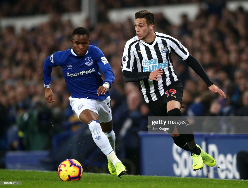 Everton FC v Newcastle United - Premier League : News Photo