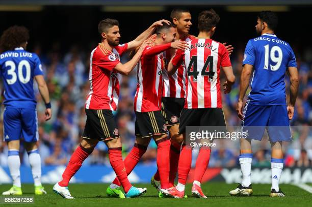 Javier Manquillo of Sunderland celebrates scoring his sides first goal with his Sunderland team mates during the Premier League match between Chelsea...