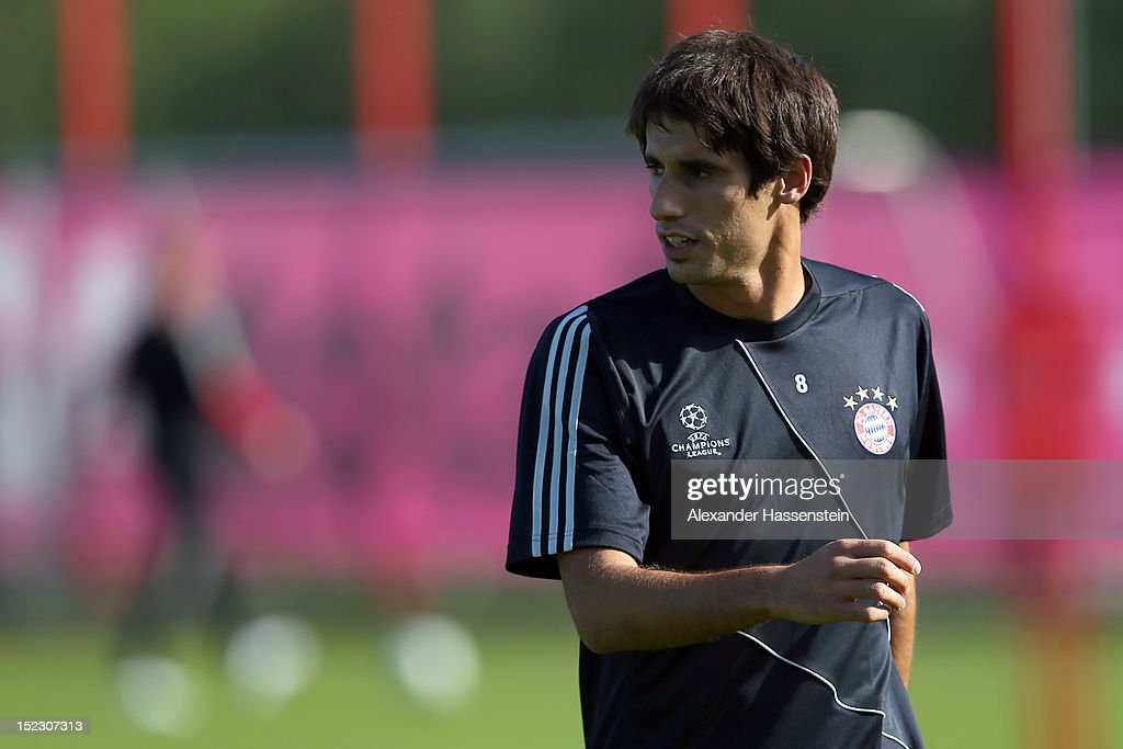 Javier Martinez looks on during a FC Bayern Muenchen training session ahead of their UEFA Champions League group F match against Valencia CF at the Saebener Strasse training ground on September 18, 2012 in Munich, Germany.