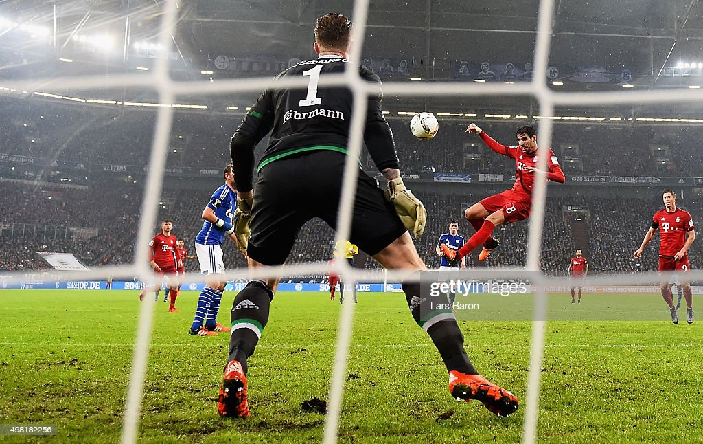Javier Martinez of Muenchen heads his teams second goal during the Bundesliga match between FC Schalke 04 and FC Bayern Muenchen at Veltins-Arena on November 21, 2015 in Gelsenkirchen, Germany.