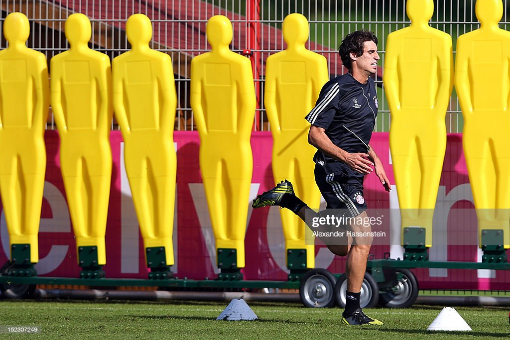 Javier Martinez runs during a FC Bayern Muenchen training session ahead of their UEFA Champions League group F match against Valencia CF at the Saebener Strasse training ground on September 18, 2012 in Munich, Germany.