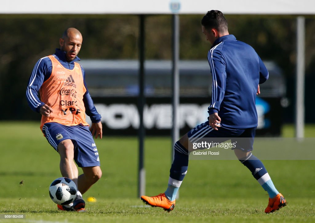 Javier Mascherano of Argentina fights for the ball with a sparring during a traning session as part of the preparation for the FIFA World Cup Russia at Julio Humberto Grondona Training Camp on May 16, 2018 in Ezeiza, Buenos Aires, Argentina.