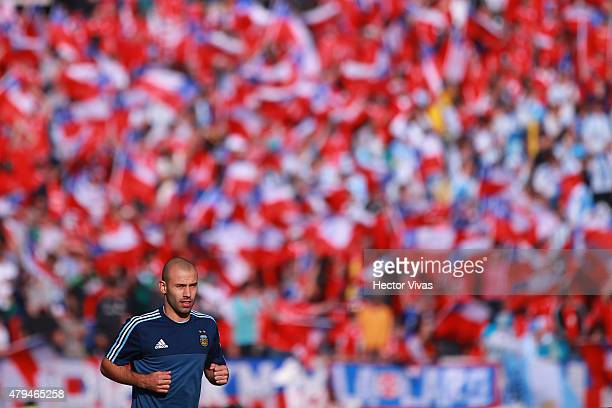 Javier Mascherano of Argentina warms up prior the 2015 Copa America Chile Final match between Chile and Argentina at Nacional Stadium on July 04 2015...