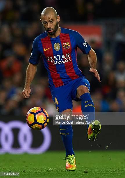 Javier Mascherano of Barcelona controls the ball during the La Liga match between FC Barcelona and Malaga CF at Camp Nou stadium on November 19 2016...