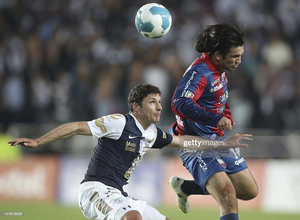 Pachuca v Atlante  - Clausura 2012 : ニュース写真