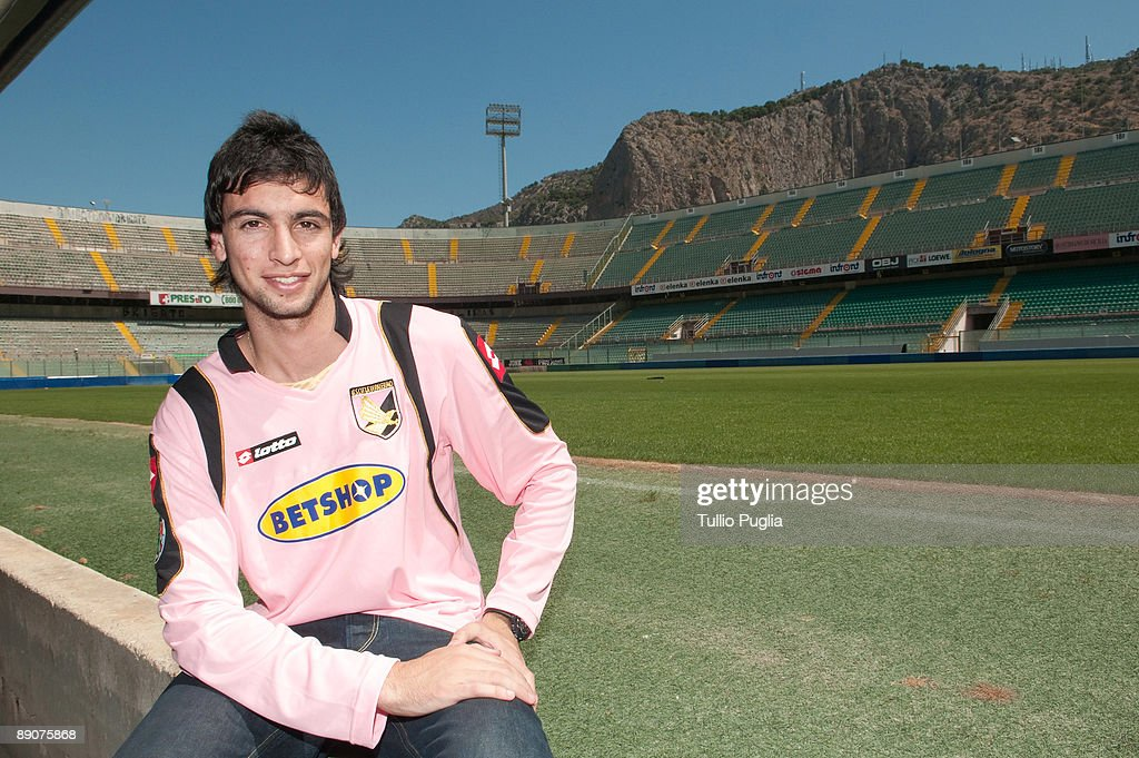 Javier Pastore's First Day With U.S. Citta Di Palermo : News Photo