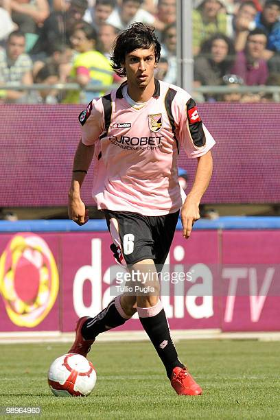 Javier Pastore of Palermo in action during the Serie A match between US Citta di Palermo and UC Sampdoria at Stadio Renzo Barbera on May 9 2010 in...