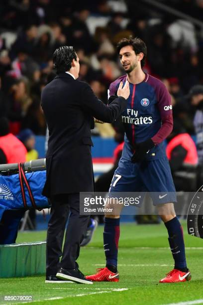 Javier Pastore of PSG is substituted by PSG coach Unai Emery during the Ligue 1 match between Paris Saint Germain and Lille OSC at Parc des Princes...