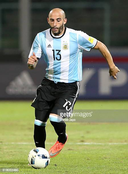 Javier Pinola of Argentina drives the ball during a match between Argentina and Bolivia as part of FIFA 2018 World Cup Qualifiers at Mario Alberto...