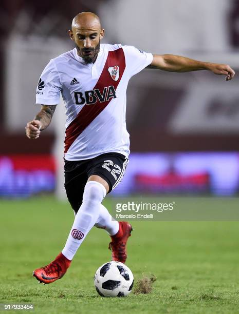 Javier Pinola of River Plate drives the ball during a match between Lanus and River Plate as part of the Superliga 2017/18 at Ciudad de Lanus Stadium...