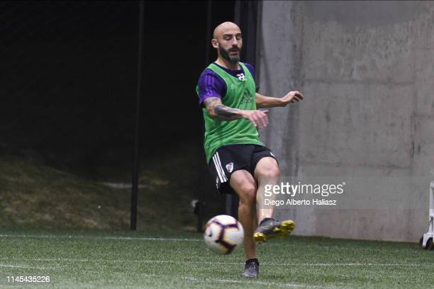 Javier Pinola of River Plate during a training session at CAT Alfredo Gottardi on May 21 2019 in Curitiba Brazil River Plate will face Atletico...